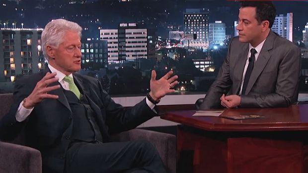 Risultati immagini per Bill Clinton : Aliens exist in Area 51